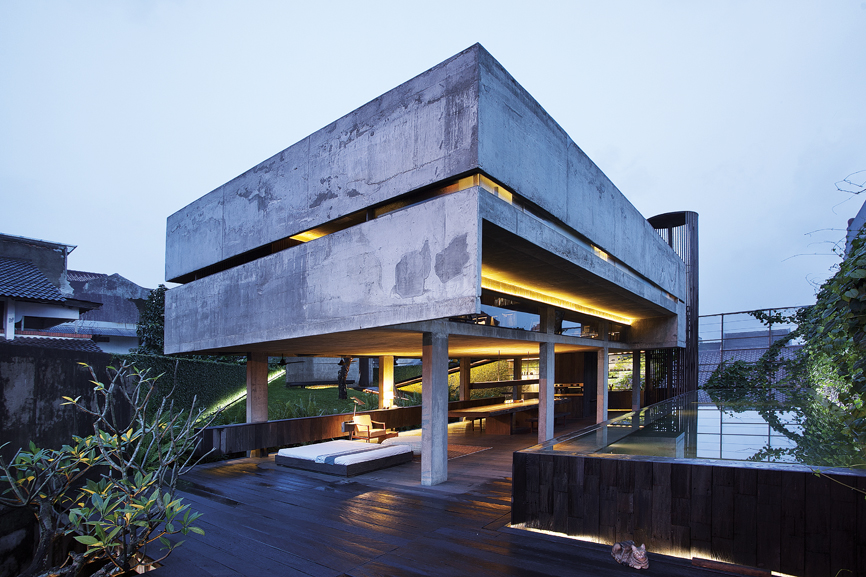 A Showcase Of Tropical Architecture And Openness